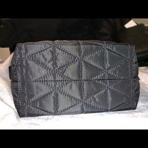 kate spade Bags - Like New Kate Spade Make Up Bag